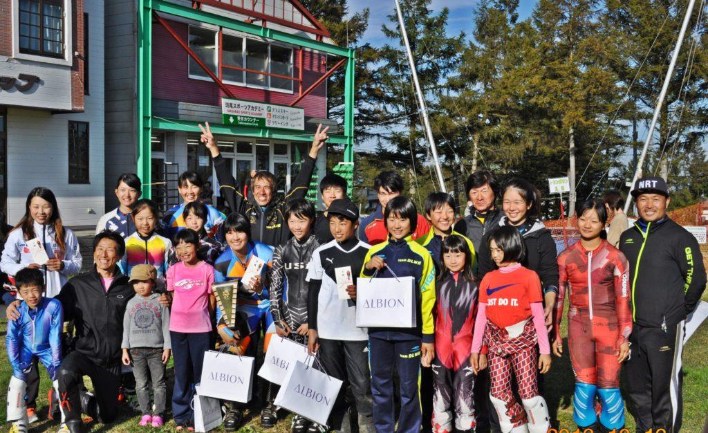 TEAMDLWHは団体日本一12連覇15回目の優勝 新谷起世や前田知沙樹のような世界チャンピオンを輩出しつつ常に次世代のヒーローの育成を続けている